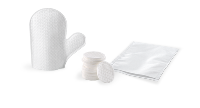 Cosmetic products and disposable washing mitts